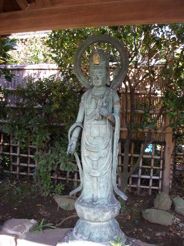 光蔵寺の観音様2